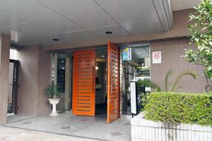 ザウインベル竹ノ塚のエントランス
