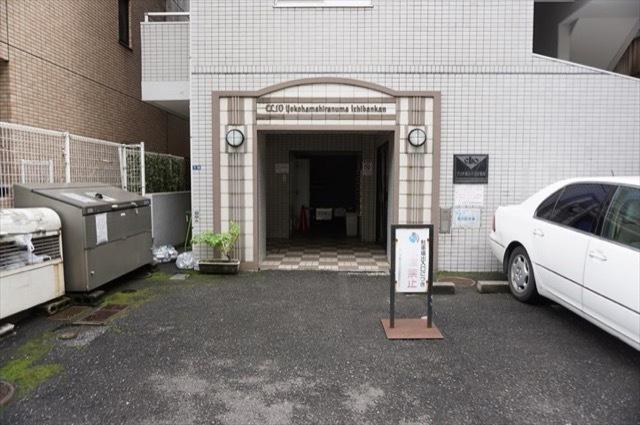 クリオ横浜平沼1番館のエントランス