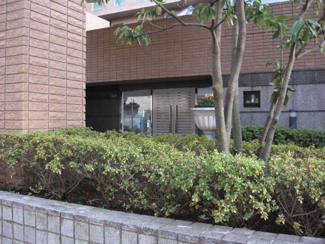 プレステート石川台のエントランス