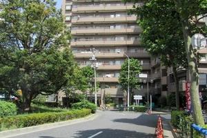 ウィン新宿若松町の外観