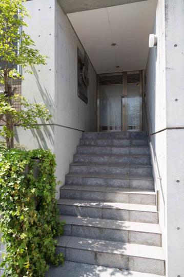 コーポラティブハウス赤堤三丁目のエントランス