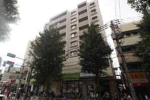 小石川コヤマハイツの外観