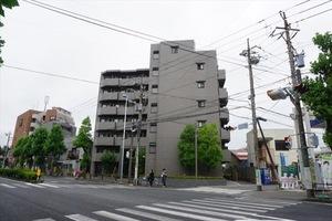 ルーブル川崎中丸子の外観