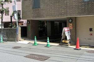 シェモワ新宿のエントランス