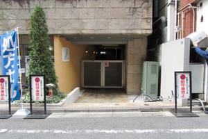 グランドパーク渋谷ブランシェのエントランス