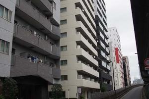 マンション築地の外観