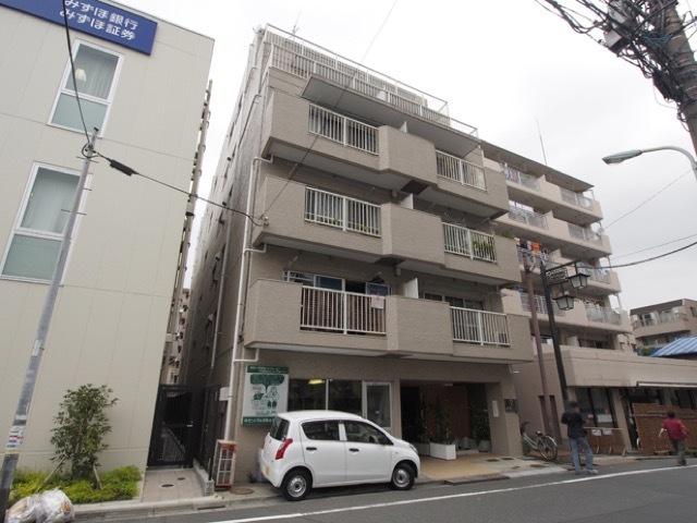朝日本町マンションの外観