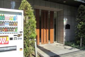 メインステージ西新宿のエントランス