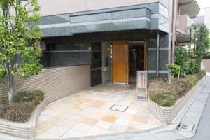 コスモ新桜台のエントランス