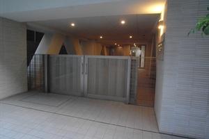 オープンレジデンシア日本橋人形町のエントランス