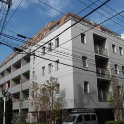 小田急コアロード目白
