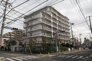 日商岩井用賀マンションの外観