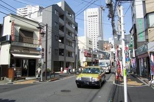 プレジール北新宿の外観