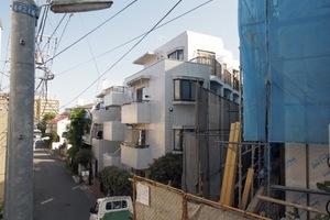 山興弥生町マンションの外観