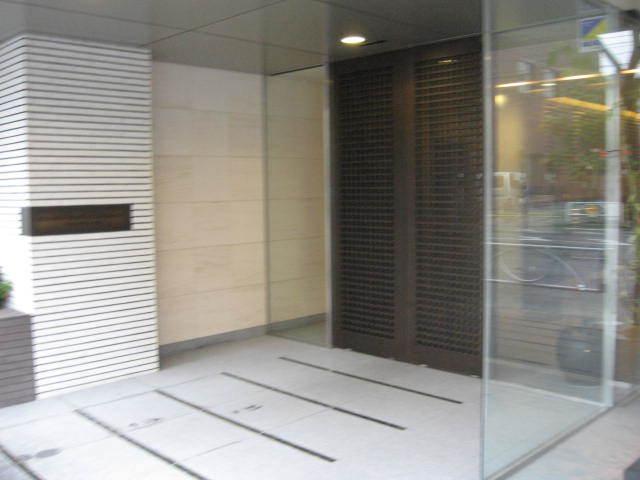 コスモ本所吾妻橋のエントランス