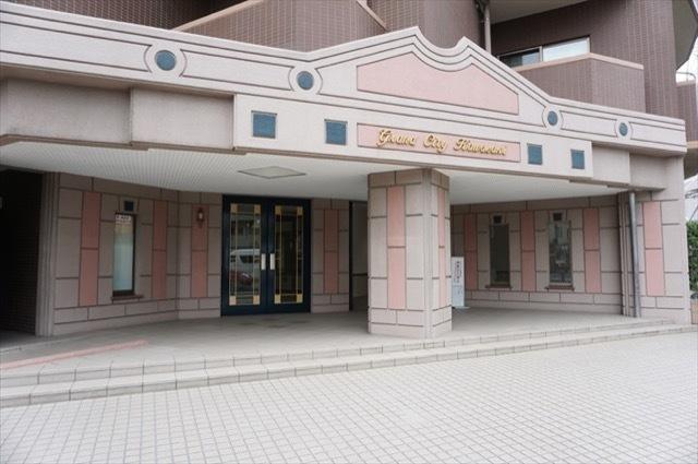 グランシティ川崎のエントランス