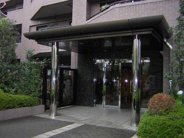 コスモ小豆沢公園のエントランス