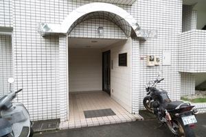 エヴェナール高円寺3のエントランス