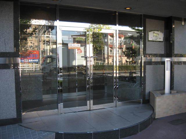 プレール京成関屋駅前のエントランス