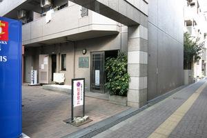 ガーラ笹塚駅前のエントランス