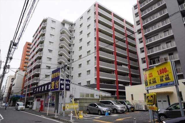 ライフレビュー横浜関内スクエアの外観
