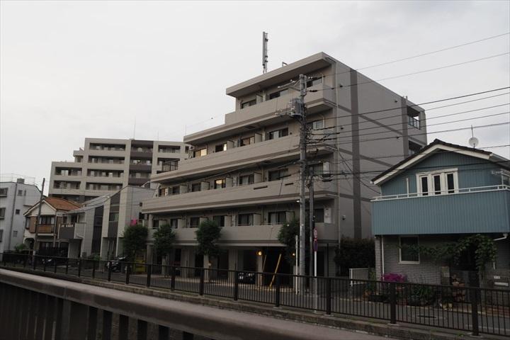 ヴィータローザ新江古田の外観