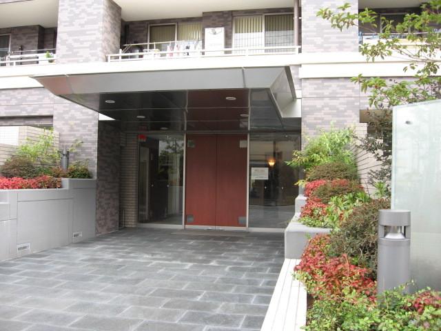 パークステージ石神井公園のエントランス