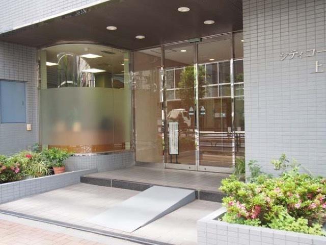 シティコープ上野広徳のエントランス