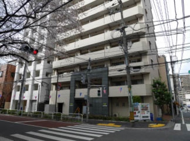 メインステージ滝野川桜通りの外観