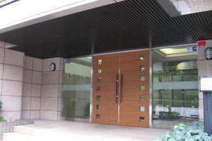 マイキャッスル駒沢公園フロントビューのエントランス