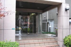 ヴィアシテラ東京のエントランス