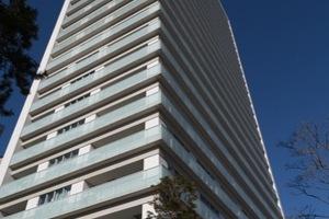 プラウドタワー二子玉川の外観
