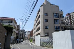 ジオ四谷坂町の外観
