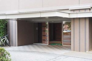 東京フロンティアシティアーバンフォートのエントランス