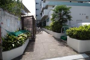 ライオンズマンション新高円寺のエントランス