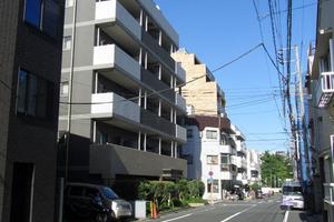 デュオスカーラ早稲田の外観