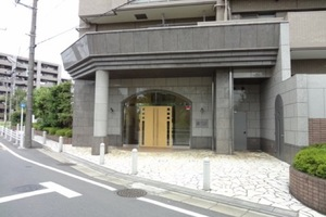 ナイスステージ京成高砂のエントランス