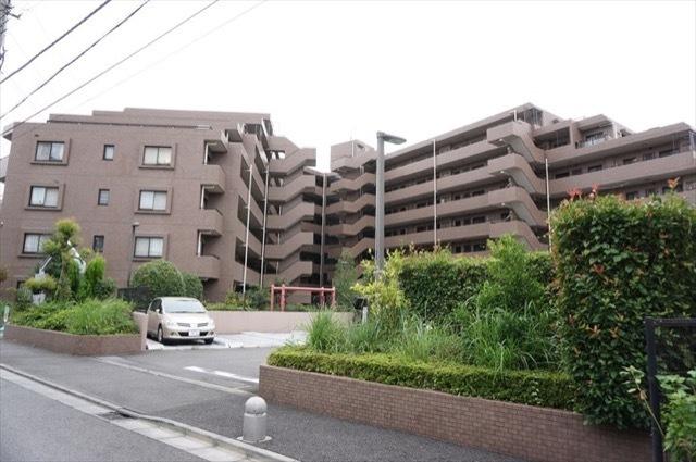 グリーンコーポ川崎ニューシティスクウェアの外観