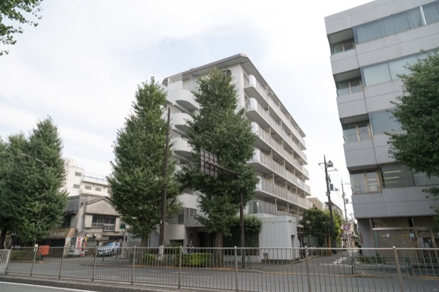 ベルエア新高円寺の外観