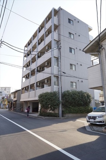 ヴェルト横浜吉野町の外観