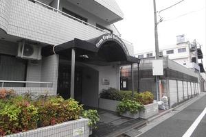 グリーンキャピタル中野江原町のエントランス