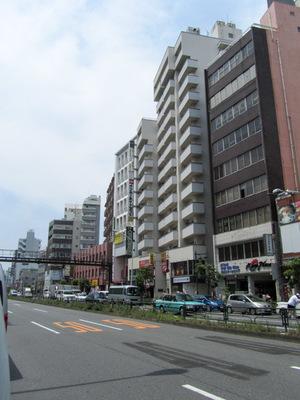 カーサ第2新宿の外観