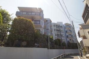 セザール赤塚ガーデンの外観