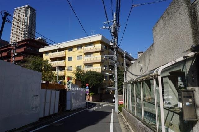 新坂マンションの外観