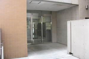 日神デュオステージ笹塚東館のエントランス