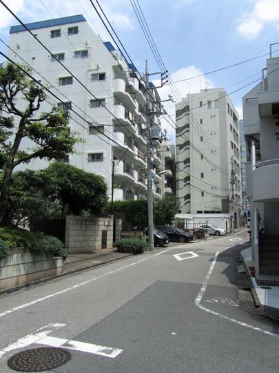 マンションヴィップ北新宿の外観