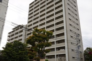 コスモシティガーデンズ東京イーストの外観