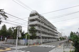 コスモお花茶屋1番館の外観