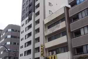 レヴィーナ東京八重洲通りの外観