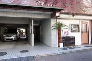 岡本マンション(中野区)のエントランス
